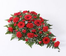 Red Carnation and Red Germini Teardrop Spray Code: F13020RS