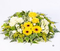 Woodland Yellow and White Posy Code: F13150MS | National and Local Delivery