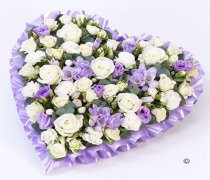 Lilac and White Pastel Heart Code: F13431LS | National and Local Delivery