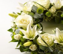 Rose & Lily White & Green Wreath Code: JGFF15020WG | Local Delivery Or Collect From Shop Only