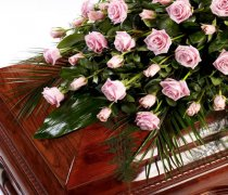 Rose Casket Spray Pink  Code: TR109P